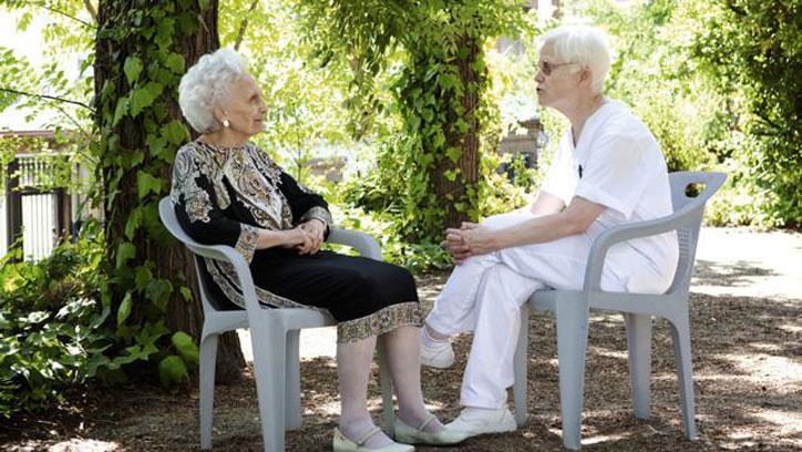 Residencia para mayores FSVSC: entrevista-El-Pais
