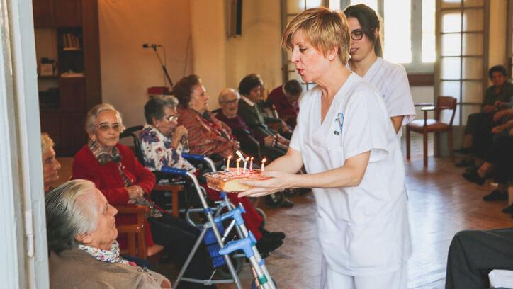 Centro de Mayores residencia de ancianos centor geriatrico en madrid en el centro el mejor para los ancianos